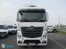 Online auction of trucks S38